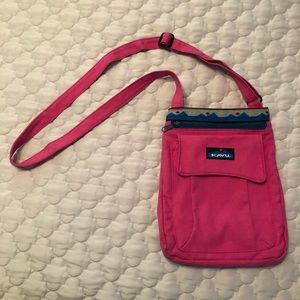 Kavu cross body bag
